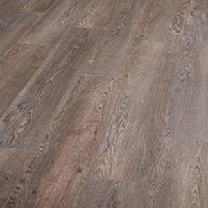 Laminate flooring makes laminate flooring shiny for Shiny laminate flooring